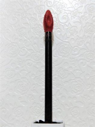 メイベリン SPステイマットインク ヌードカラー 新色 モデル使用色 130 アプリコットジャム アプリケーター 正面