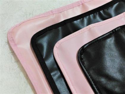ダイソー(DAISO) ブラシ収納ケース 100円商品と200円商品の違い (外側の色・質感)